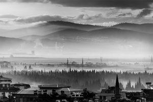 018_(2018,Kahramanmaraş'ta Sis) Bir fotoğrafı Siyah -Beyaz olarak işlemek